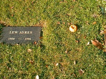 Frank Zappa's Unmarked Grave (Photo credit: Tom Laemmel)